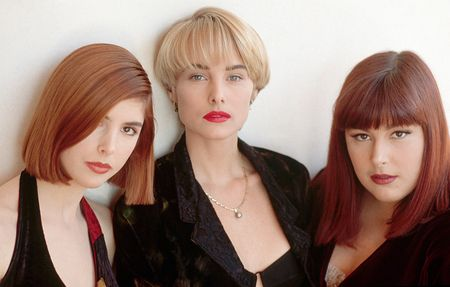 Wilson-phillips-fashion-then-and-now-1990-portrait-2-1040bes111110